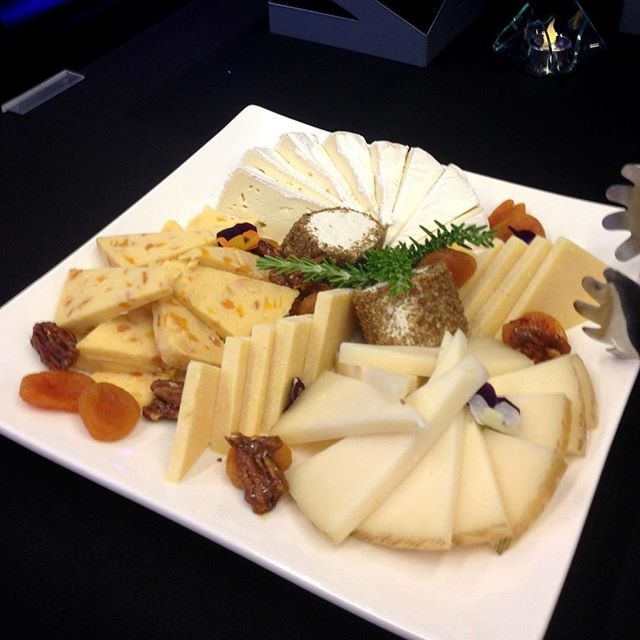 01d6d40a7124461dea6fc6932f3049f4--gourmet-cheese-event-planners.jpg